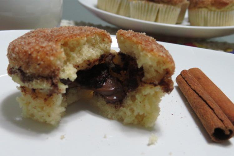 Muffin de Nutella com canela aberto